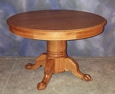 Beautiful Round Pedestal Table
